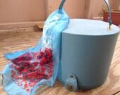 Vison of Beauty Blue Hat Box