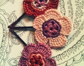Crochet Daisy Flower Hair Pins, Perfectly Peach and Purple - CatWomanCrafts