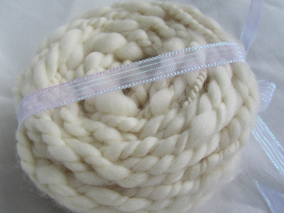 Super Chunky Handspun Superfine Merino Yarn - Natural Cream - 4-5wpi - 115g