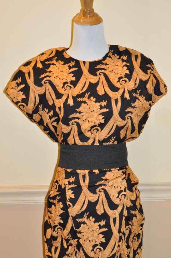 Vintage Gorgeous Cocktail Dress Black and Gold Party Dress Size 2 Small