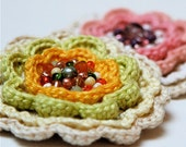 PDF pattern for Crocheted Multicolored Flower brooch