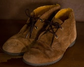 Vintage suede Hush Puppies oxford shoe with yellow lining