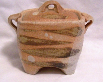 Unique Pottery Jar made by Artist Jenny Heishman
