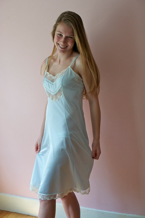 Vintage 1970s Lingerie Blue Full Slip with Chevron Lace Panel Form Fit Size Small / Medium 36 Tall -  Swirl & Swing