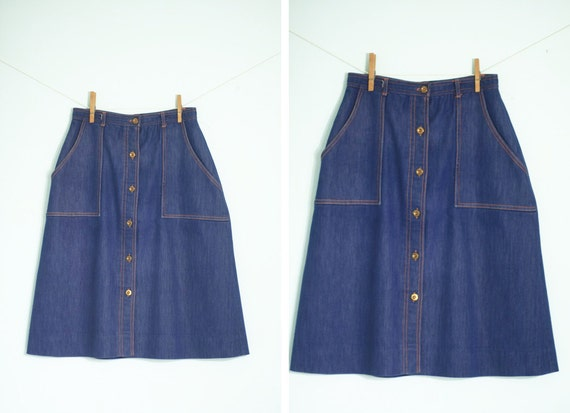 Just a Jump, Hop and a Skip - 1950s or 1970s A-Line Button-Up Denim Chambray Patch Porkchop Pocket Skirt Small Medium Amazing Metal Buttons