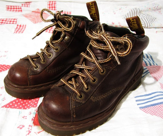 Doctor is In - 1980s Dark Brown Doc Martens Air Wair awesome grunge punk womens 6 7 7.5