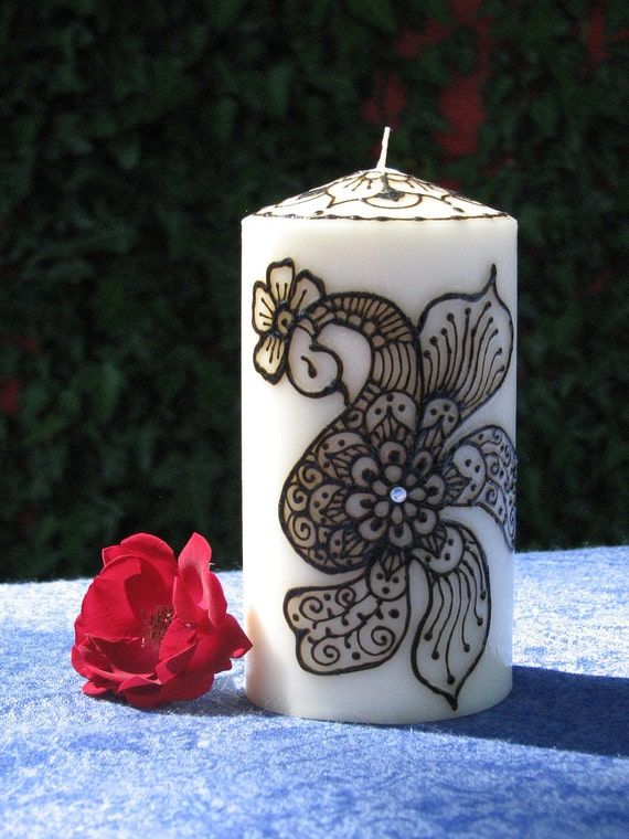 Decorative Pillar Henna Candle, Peacock
