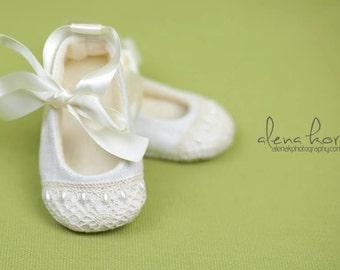 "AK DESIGNS ""Elegant Baby Shoes"" - Little Sophie"