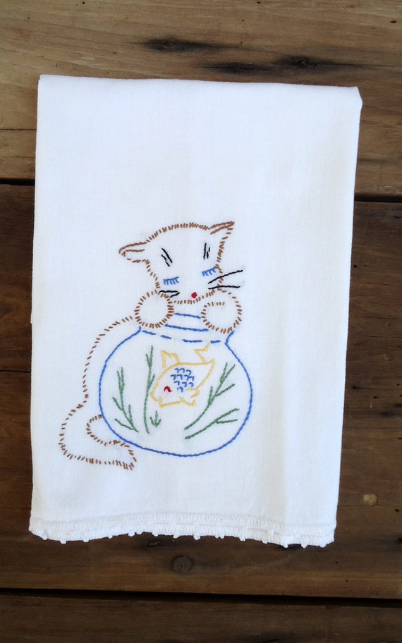 Kitchen Cat Towel Vintage Embroidered Guest Dish Kitchen Tea Embroidery Kitty Kitten Fish