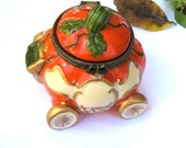 AUTUMN SPECIAL-Miniature Pumpkin Carriage With Cinderella's Shoe