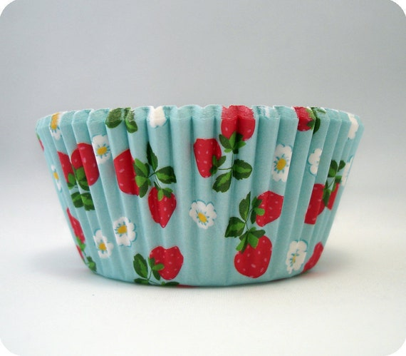 50 Strawberry Cupcake Liners Berry Baking Cups