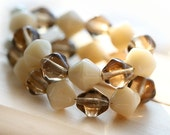 Bicone beads, Beige and brown beads mix, Czech Glass beads - bicones mix, pastel - 8mm - 20Pc - 0784