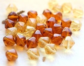 Amber topaz Czech Glass beads - bicones mix, honey yellow beads, bicone beads - 8mm - 20Pc - 1284