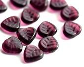 Royal purple Leaf beads, Dark Amethyst Czech glass leaves, petals - 9mm - 30Pc - 0182
