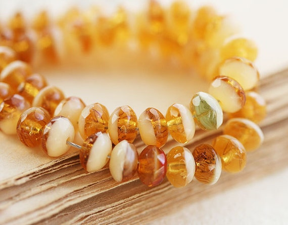 Amber czech glass beads mix, Gemstone cut honey yellow spacers rondels - 5x3mm - 50Pc - 0189