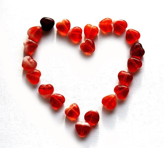 Glass hearts, red heart beads, czech glass, mixed red hearts, pressed beads, small hearts - 6mm - 50Pc - 0145