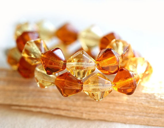Amber topaz Czech Glass bicone beads mix, honey yellow beads, bicone beads - 8mm - 20Pc - 1284