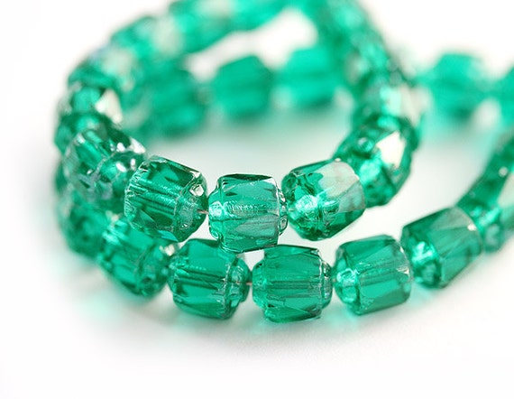 Teal green cathedral czech glass beads, round, fire polished - ocean color - 6mm - 20Pc - 0100