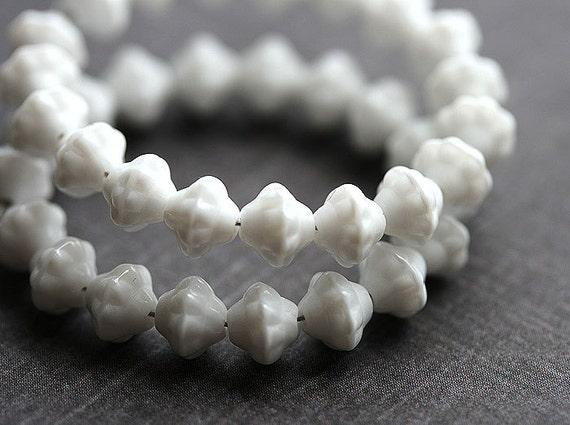 6mm White czech glass Fancy bicone beads, pressed bead - 40Pc - 0277