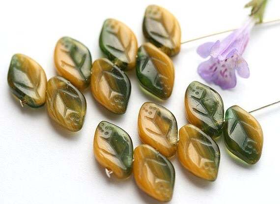 Yellow Green Czech glass leaves, Dark Olie Green, pressed leaf beads - 12x7mm - 25Pc - 0286