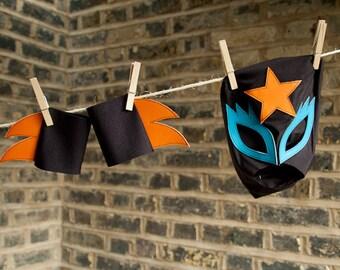 """Mask & cuff set...  """"Glam rock"""""""
