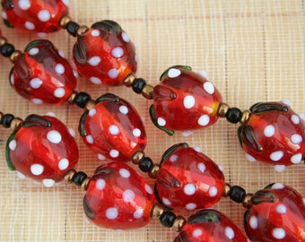 Straw Berry Design Lampwork Glass Bead (12 beads pack) L10111