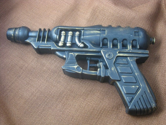 Steampunk Gun - Fenris Series Armor-Piercing Hand Cannon