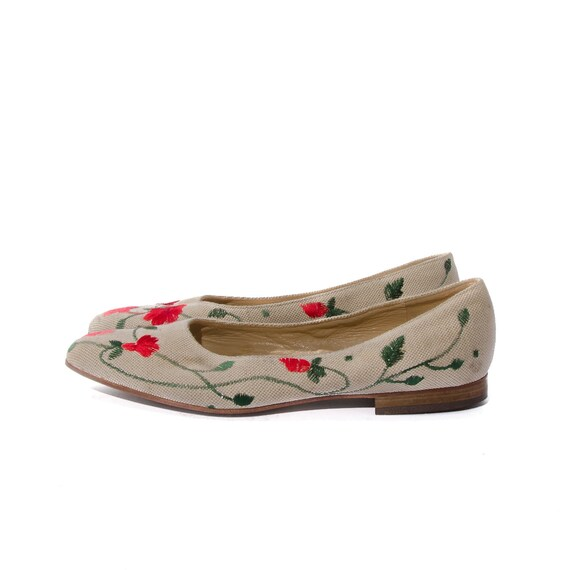 Women's Canvas Flats Foral Print by Fifth Saks Collection Women's Shoes size 8