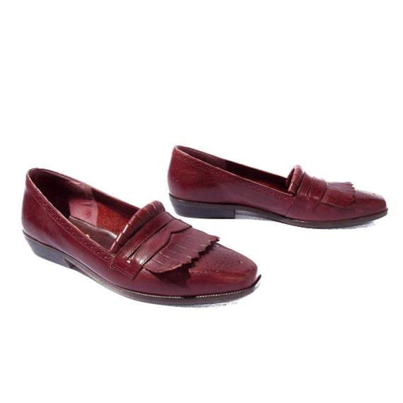 Vintage 9West Oxblood Brogue Fringe Penny Loafers for Women's shoe size 7