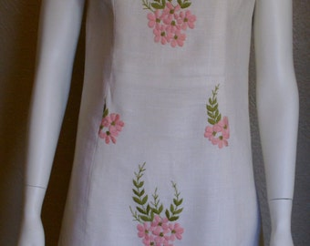 Moygashal-Bust 34- 1950's Embroidered Irish Linen Fitted Day Dress