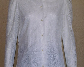 Nieman Marcus Romantic Lace Long Sleeve Blouse- sz small/medium