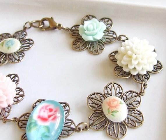 Vintage Style Floral Bracelet ... floral cabochon linked bracelet