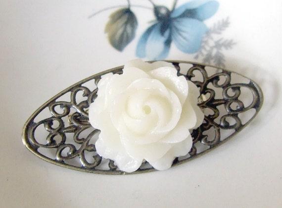 Ivory Rose Brooch  .. cabochon brooch, flower brooch, filigree brooch, floral, filigree, jewellery, accessories