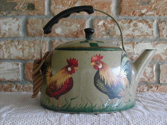 Vintage Tea Kettle With Roosters By Craftsbyjoyice On Etsy