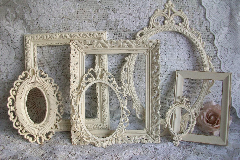 reserved creamy white frames vintage picture frame set. Black Bedroom Furniture Sets. Home Design Ideas