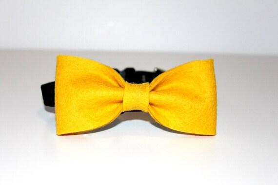 Medium Yellow Bow Tie