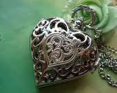 Silver Filigree Baroques Patterns Hollow Loves Hearts Steampunk Pocket Watch Locket Pendants Necklaces with Chains FREE Ribbon
