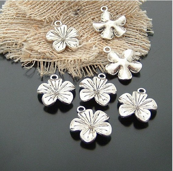 10 pcs 19x19mm Antique Silver 3D Peach blossom Plum Flowers Charms Pendants G04760