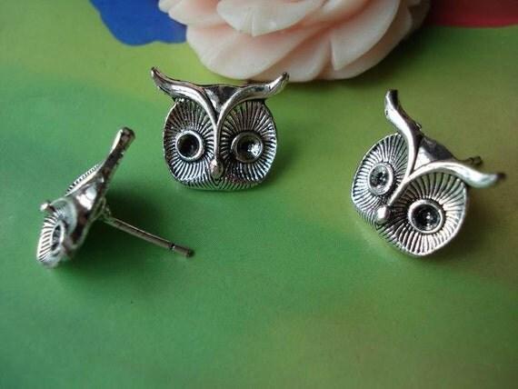 10 pcs 15x13mm Antique Silver Vintage Lovely Baby Owls Ear Studs Earwire Wire Earrings Findings Pendants g58802