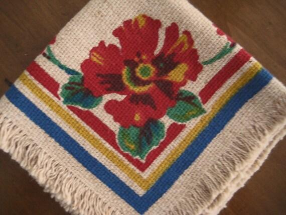 4 Vintage Napkins: Burlap, Fringe & Big Red Hibiscus Flower Print, Cottage Chic EXCELLENT