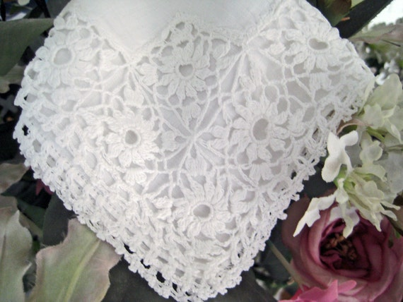 Vintage Wedding Handkerchief, Crochet Lace Edges and Corner. White VERY EXCELLENT