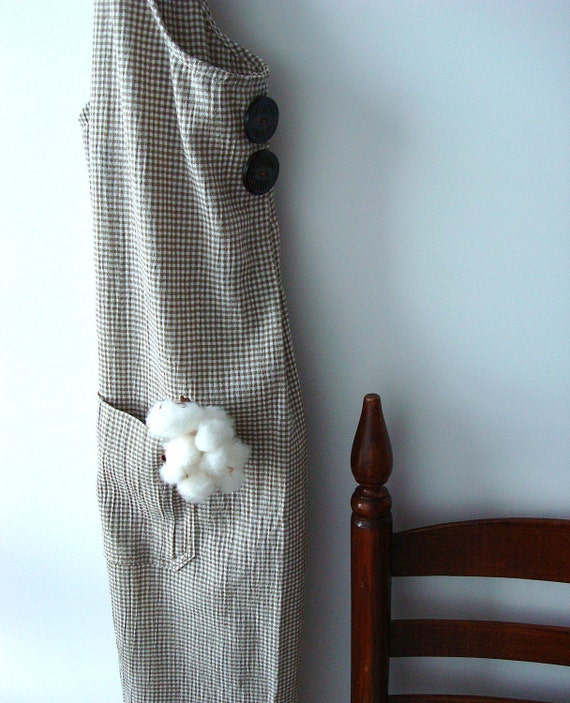 Apron, Farmhouse Apron, Tan, white check, Antique Buttons, Large - 38-40, gift, gifts for her, hostess gift, under 50