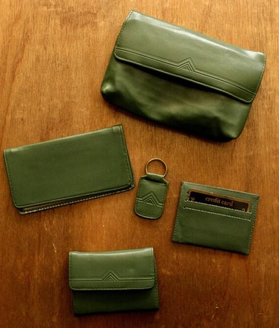 SALE 40% OFF Vintage Green Wallet Checkbook Accessory Set