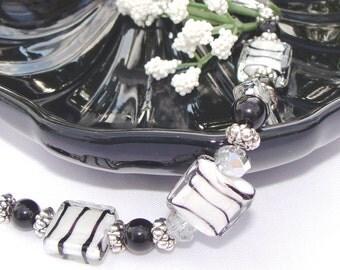 Zebra Print Black and White Bracelet with Crystals #MothersDay #blackandwhite #zebrabracelet #giftsforher #animalprintbracelet #etsyhandmade