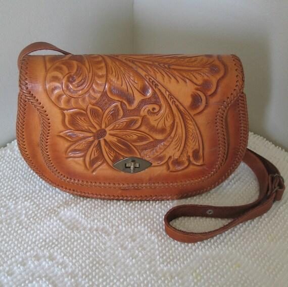 Vintage 1970s Tooled Leather Saddle Bag Style Western Purse Shoulderbag