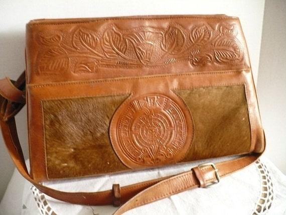 large vintage Avelar Leather Shoulder Bag Pocketbook - zippered sections - retro womens accessory, leather case