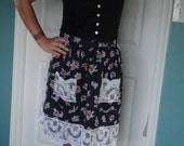 SALE 50% OFF Lovely Navy Floral and White Lace Pocketed Vintage Apron