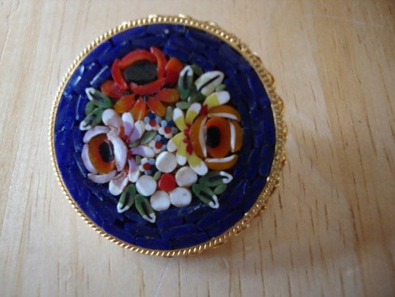 Vintage Micro Mosaic Brooch Italy Gold Tone Setting