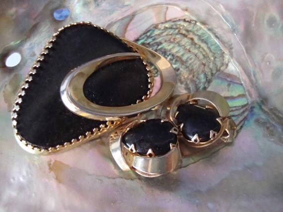 Vintage Black Brooch and Earring Set