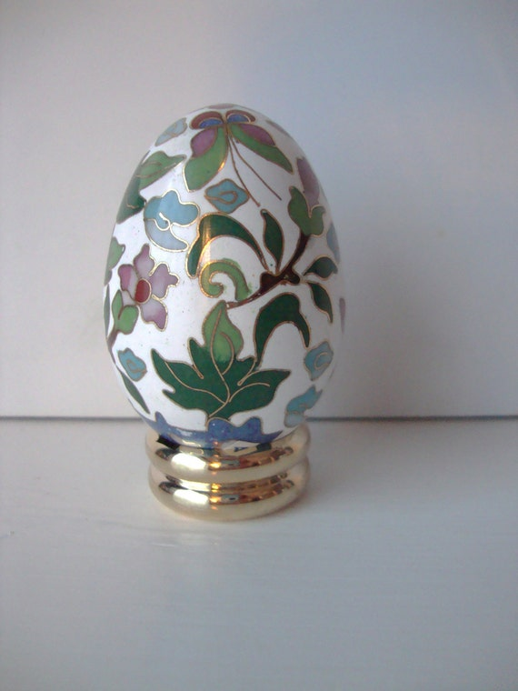 vintage cloisonne decorative egg on stand by wintervillewonders. Black Bedroom Furniture Sets. Home Design Ideas